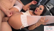 Asian shmale Sexy asian babe asa akira serves up her juicy tight ass for lunch