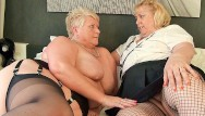 Belly blog boob Round belly mature british blondes with dildos