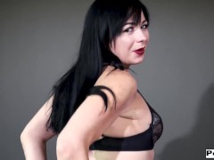 Siouxsie Q Dual Knuckles His Anus Michael Vegas And Gapes Him Open With A Strap-on