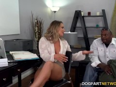 Anal Fuck-fest With The Figure Guard - Cali Carter