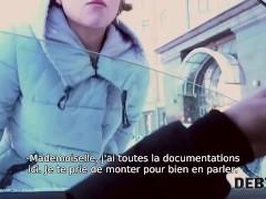 Debt4k. Une Adolescente Veut Faire Du Shopping Mais D'abord Elle Suce Boner