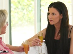 Stepmoms Dialogue Turns Into A Tribbing 4-way With Their Stepdaughters
