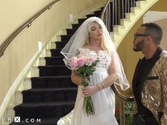 Bride To Be Seduces Her Wedding Planner - GenderX