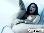 Amazing Asa plays with her pussy!