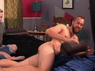 gay boy gives straight guy with big low hangers an erotic massage