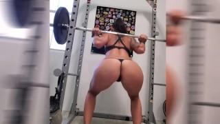 Squat naked Squatting Pics