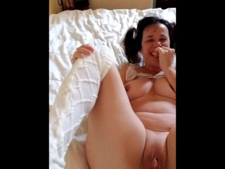 Teen gets creampied by daddy and squirts