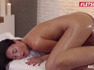 RelaXXXed – Hot Czech Babe Anna Rose Passionate SEX with the Masseur – LETSDOEIT