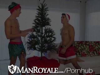 ManRoyale Xmas Celebration Fuck With Two Hunks