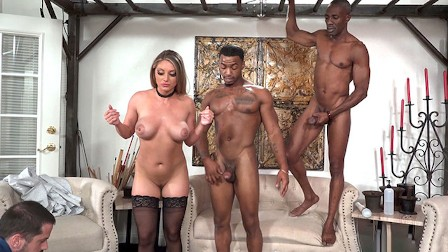 Anal Slut Gwen Vicious Takes Big Black Cocks In Front Of Her Dad