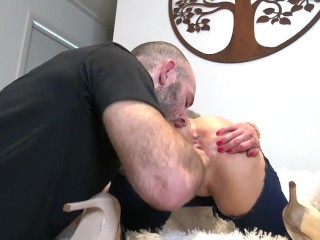Extreme throat fuck for blonde slut with giant messy facial