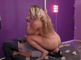 Big Tit Stripper Alura Jenson Makes Her Customer Worship Her