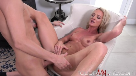 Pissed Wife Shows Hubby She Can Have Fun Too...