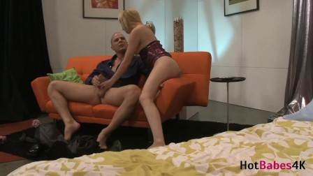 Hardcore Clit Sucking! Blonde Lexi Belle Gets Her Hairy Pussy Super Wet!
