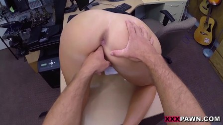 XXXPAWN - Delicious PAWG Madisin Lee Tries To Pawn Some Stolen Goods, Gets Caught