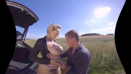 VR Porn Outdoor Car Review By Czech Pornstar