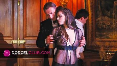Fench pornstars Anissa Kate Manon Martin Chloé Lacourt in a French DORCEL movie