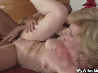 Passionate fucking of mom's friend