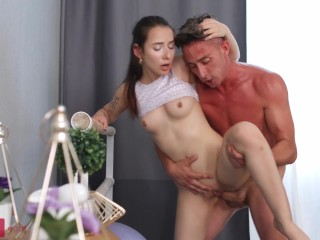 Tanned man does porn with the pale-skinned slinky yes-girl