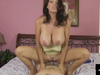 Housewife Charlee Chase Rides Cock After Her Masseuse Gives Her A Foot Rub!