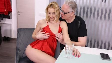 DADDY4K Unfaithful blonde convinces boyfriends old daddy to satisfy her