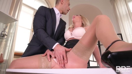 Hottie Isabelle Deltore s Doctor Does Invasive Exam on All Her Holes