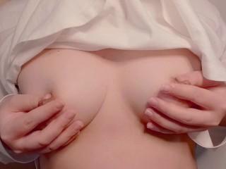むちむち巨乳ヌルヌルマッサージからの乳首オナニーでイク
