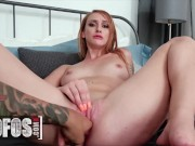 Mofos - Natural Beauty Xeena Mae Gets Stuck Up On A Tree & Rewards Her Savior With Her Pussy