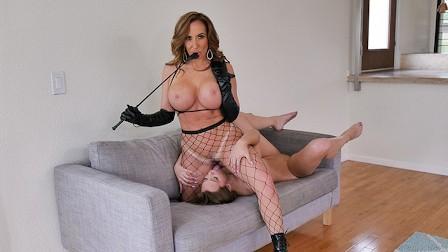 Naughty Schoolgirl Avery Cristy Disciplined By Busty Teacher Richelle Ryan