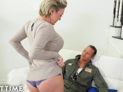 MILF Impresses Husband with INSANE Squirts - ADULT TIME