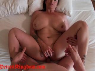 Bella Rossi cheats on her husband