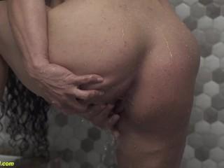 granny bodybuilder takes a shower