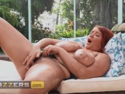 Brazzers - Annabelle Rogers Teases Her Viewers With Some Dirty Talk And JOI While Masturbating