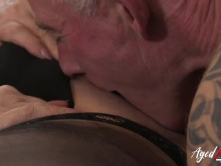 AGEDLOVE Not hard to seduce already horny mature lady