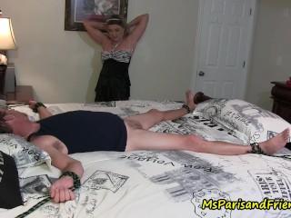 role-striptease