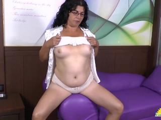 LATINCHILI Hot latin ladies showing off and masturbating